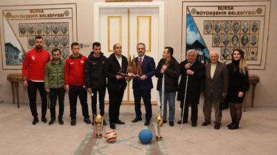 Şampiyonluk kupası Aktaş'a geldi