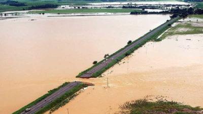 Brezilya'da sel ve heyelan 30 can aldı