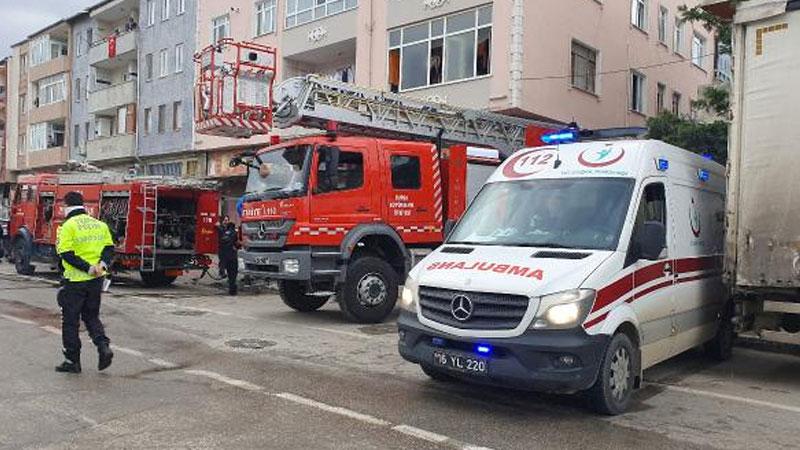 Bursa'da depoda yangın: 10 kişi hastanelik oldu