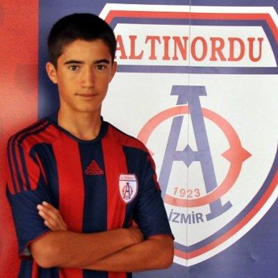 Altınordu'yu bıraktı İstanbulspor'a gitti!