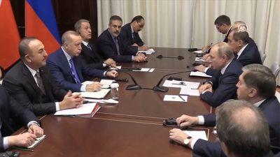 Cumhurbaşkanı Erdoğan'ın Putin'le görüşmesi başladı