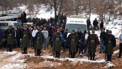 Şehit cenazesinde duygulandıran görüntü