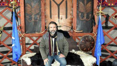 Ertuğrul Gazi'nin hayatını yazmak için Söğüt'e yerleşti
