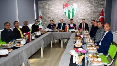 """""""Yeniden Büyük Bursaspor"""" kampanyasına bir destek daha…"""