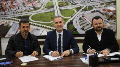 İnegöl Belediyesi kadrolu işçilerle yeni sözleşme imzaladı
