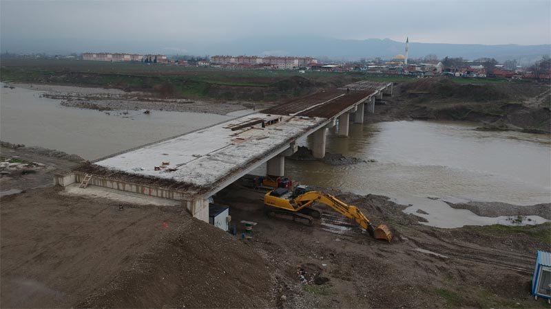 Mustafakemalpaşa 3. köprüde sona yaklaşıldı