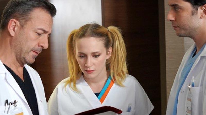 Mucize Doktor'un Açelya'sı iç çamaşırsız halleriyle ağızları açık bıraktı!