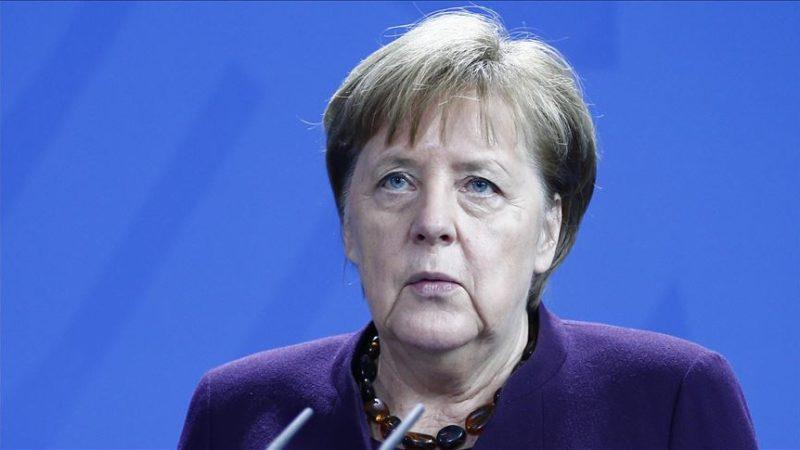 Merkel'den saldırıyla ilgili açıklama