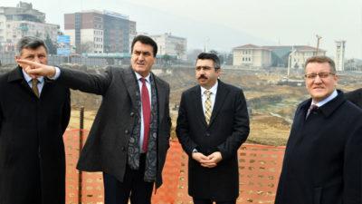Osmangazi Meydanı'na 'Yıldırım' ziyaret