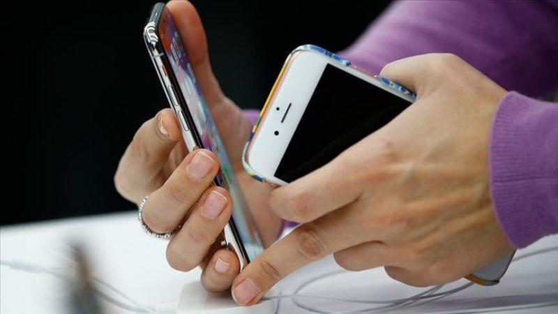 Türkiye'nin cep telefonu faturası 2 milyar dolar azaldı
