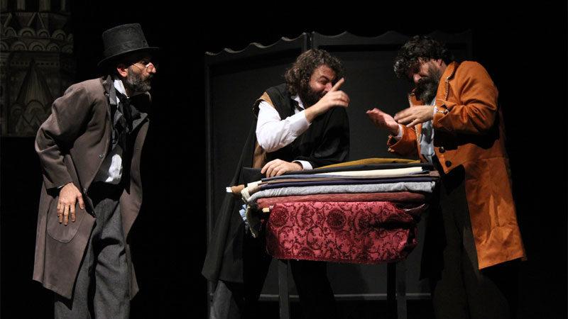 Bursalı Adranos Tiyatro'dan Palto uyarlaması Yeniden Sahnede…
