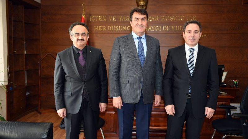 Başkan Dündar'dan Kaymakam Oral'a ziyaret