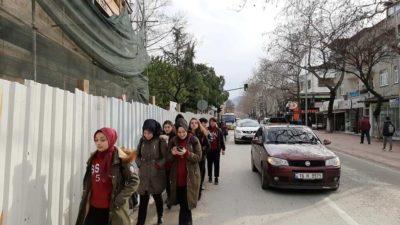 İznik'te bitmeyen restorasyon öğrencilerin hayatını tehdit ediyor