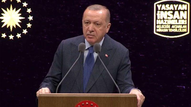 'Rejime karşı sessiz kalmamız mümkün değil, gereğini yapıyoruz'
