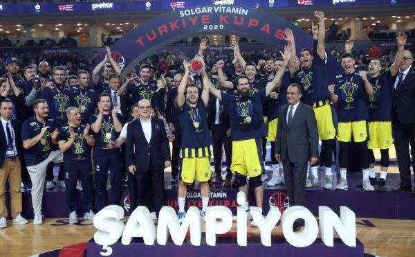 Son anları nefes kesti… Türkiye Kupası'nı kazandılar…
