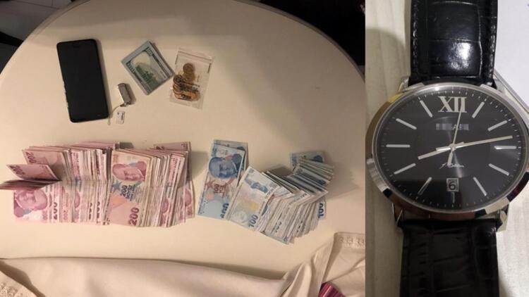FETÖ operasyonunda Gülen imzalı saatler ele geçirildi