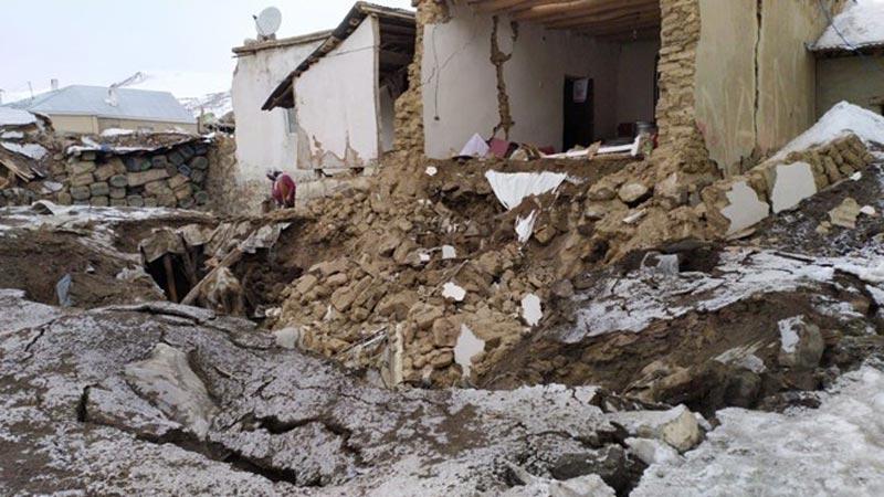 İran merkezli depremde Van'da 9 kişi hayatını kaybetti