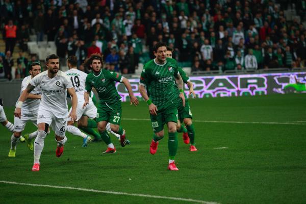 Yine olmadı… Bursaspor bu fırsatı da kaçırdı…