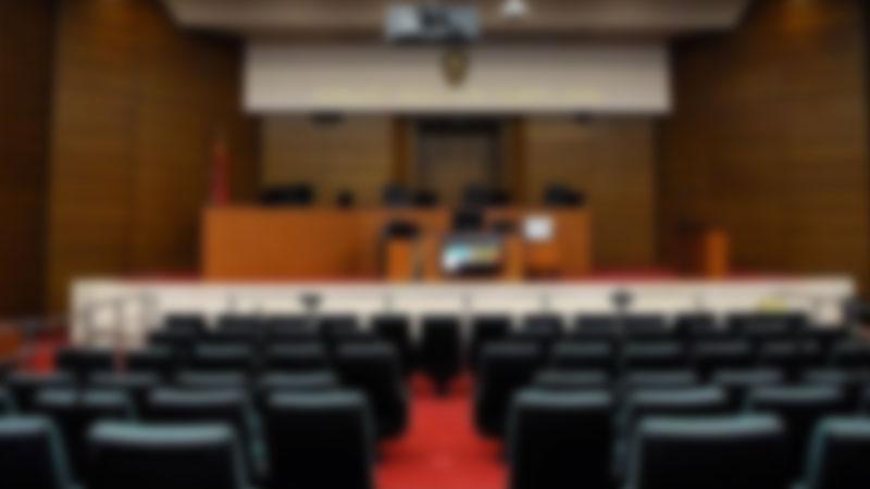 Kendisini avukat olarak tanıtıp vurgun yapmışlardı… Hakim karşısına çıktılar