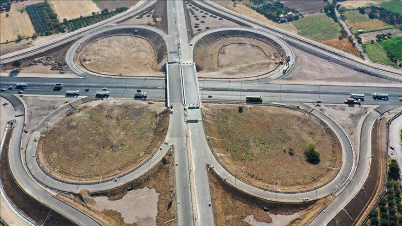 Menemen-Aliağa-Çandarlı Otoyolu ve bağlantı yolları yarın trafiğe açılacak