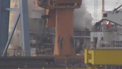 Tuzla'da gemi yangını