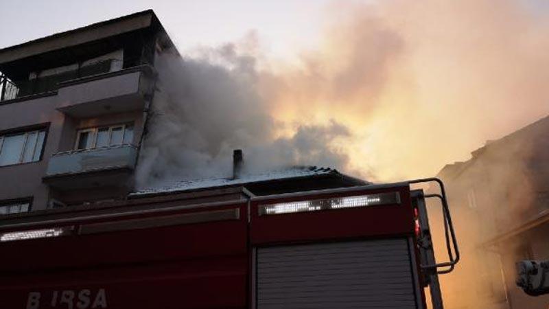 Bursa'da mahalleliyi sokağa döken yangın!