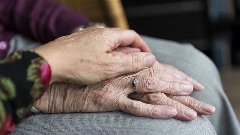 65 yaş üstü kişilere koronaya karşı 19 'altın' öneri