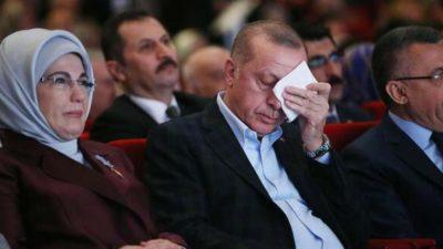 Erdoğan'ı duygulandıran video! Gözyaşlarına hakim olamadı…