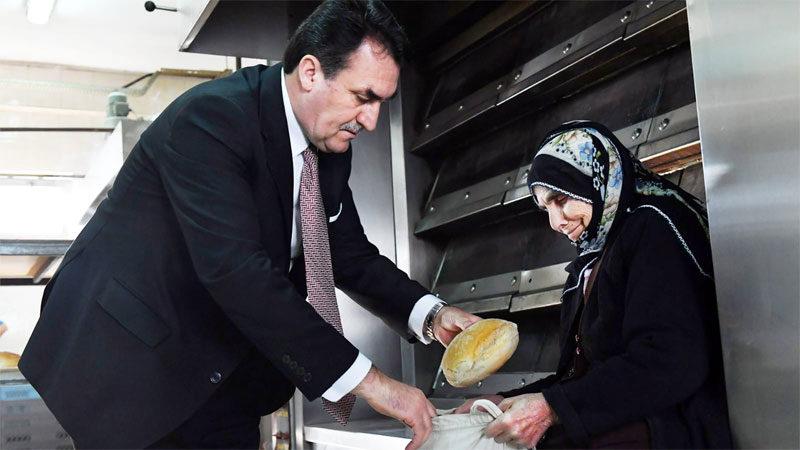 11 bin haneye gıda yardımı, günlük 10 bin sıcak ekmek dağıtımı