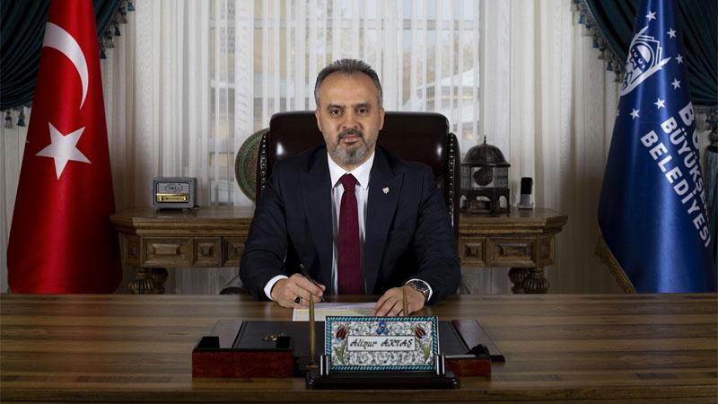 Milli Eğitim Bakanı Selçuk'un 'ilk teneffüs' paylaşımına Bursa'dan kestane şekerli destek