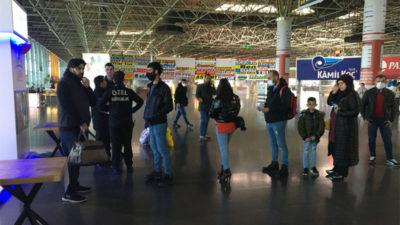 Görüntü Bursa'dan… Bilet değil izin sırası