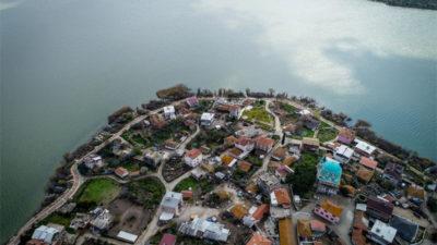 'Leylek Köyü' kuş cenneti olacak
