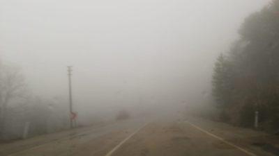 Keles'te yoğun sis
