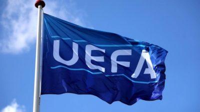 UEFA maçlara seyirci alınmasının önünü açtı!
