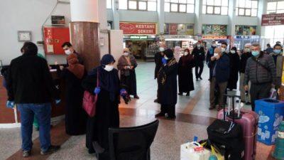 Ankara'da karantinaları son bulan umreciler Bursa İnegöl'e geldi
