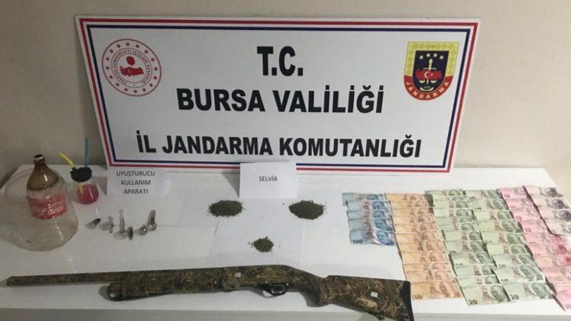 Bursa'daki uyuşturucu operasyonunda 3 kişi gözaltına alındı