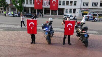 Bursa polisi 19.19'da göreve ara verdi
