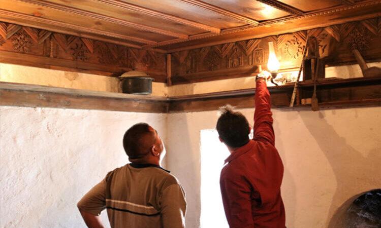 Bursa'da sırlarla dolu ev! Köylü kimin yaptığını bilmiyor…