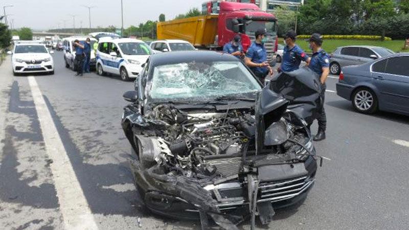 Bursalı vekil kaza yaptı