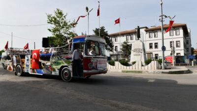 Mustafakemalpaşa'da bandolu 19 Mayıs coşkusu