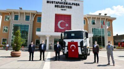 Bakanlıktan Mustafakemalpaşa'ya çöp kamyonu