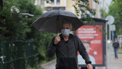 Bursalılar yağmurla serinledi