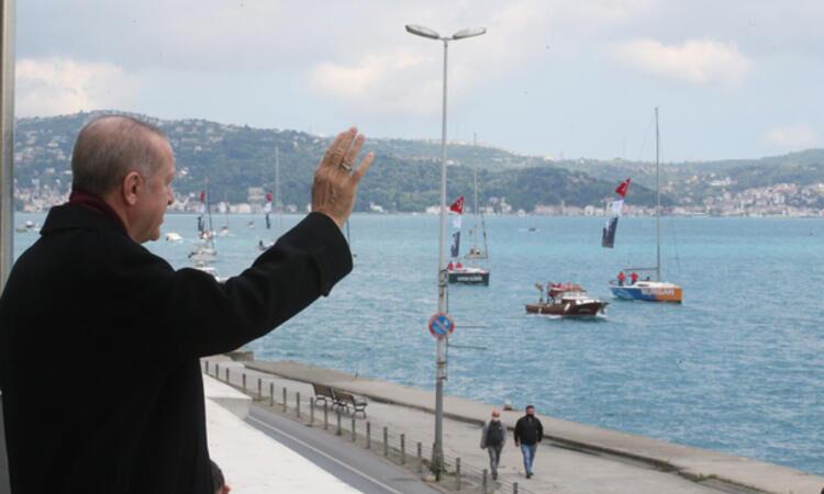 Boğaz'da renkli görüntüler… Erdoğan tek tek selamladı…