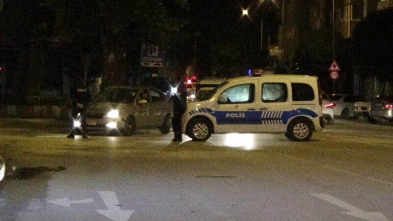 Yer: Bursa… Yoğunluk artınca cadde trafiğe kapatıldı