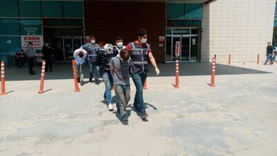Bursa'da hırsızlık yaptıkları iddiasıyla 3 kişi yakalandı