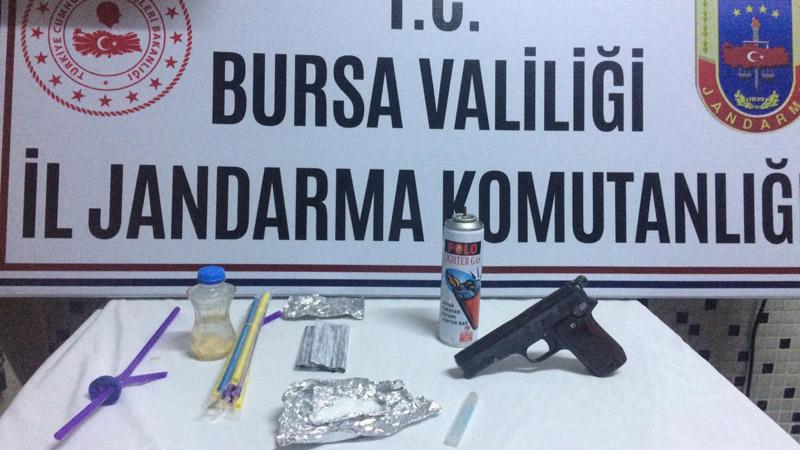 Bursa'da jandarma ekipleri 15 gram uyuşturucu madde ele geçirdi