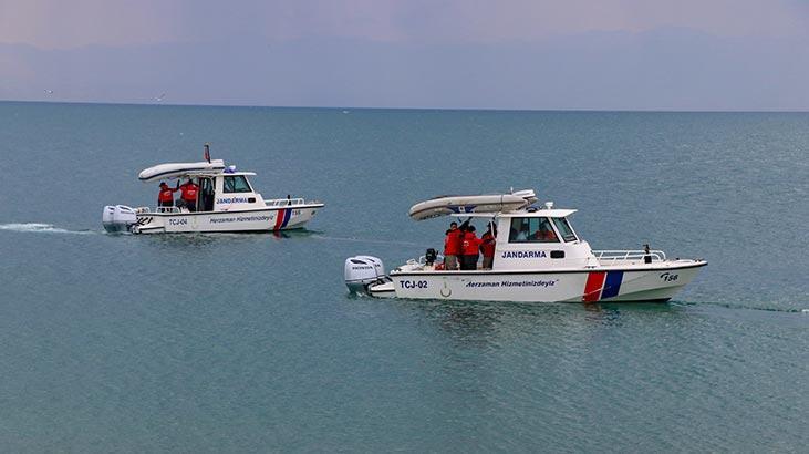Van Valiliği'nden kaybolan tekne ile ilgili açıklama: Yabancı uyruklu 5 kişinin cesedine ulaşıldı