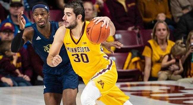 TOFAŞ, ABD'de oynayan basketbolcu Alihan Demir'i transfer etti