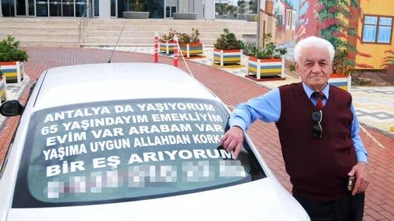 Otomobilin arkasındaki ilanla eş arıyordu ama… 'Allah'a yalvarıyorum'