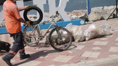 Yer: Bursa… Hepsi denizden çıktı! Bisiklet bile var…